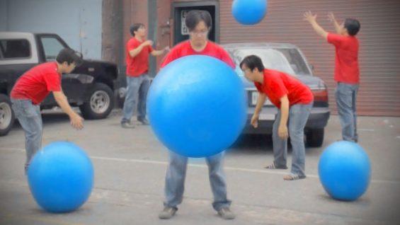 Big Blue Ball Machine – Freddy Wong Rocket Jump