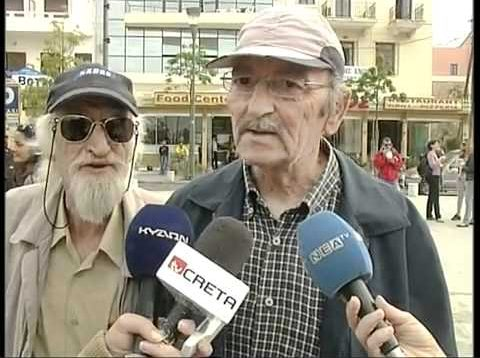 Old Man Makes Dog and Cat Sounds in News Interview