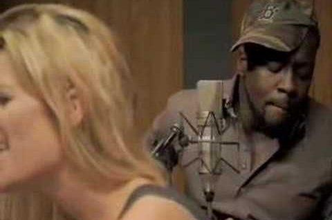 """""""Sweetest Girl"""" Acoustic: Wyclef Jean, Niia, & Jerry Wonda"""